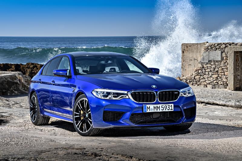 BMW M5 Sedan